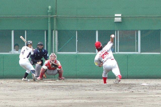 この日の篠田君は絶好調。ぐいぐいストレートで押す投球内容は見ていて気持ちが良かった。