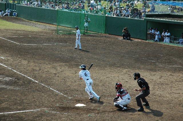 6 松本 啓二朗/千葉経済大附属高−早稲田大−横浜(2008年〜)