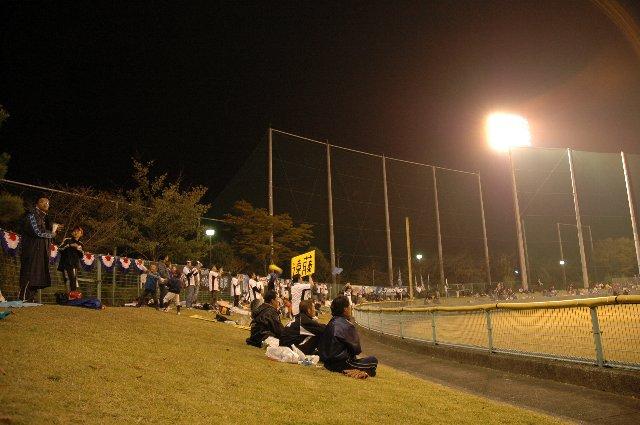 独立リーグのどんな試合でも、こうした応援風景が見れる日が来ることを祈りたい。