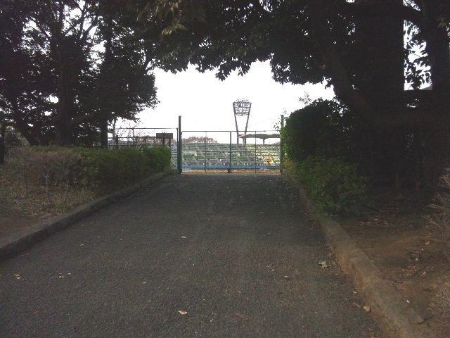 8月に開催される一軍の試合では、このゲートから長い待ち行列が延びることでしょう。