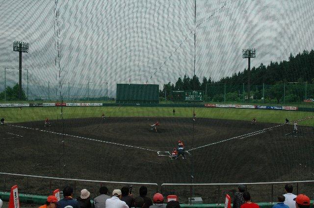 ネットの網目が多少細かいのか、他の球場と比べるとネットがあまり気にならなかった。