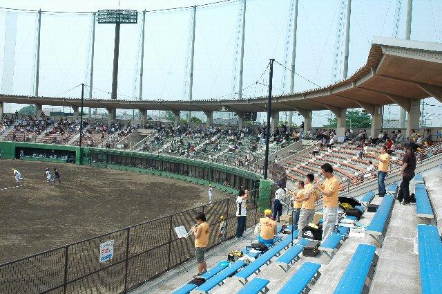 さすがに福井から長躯群馬まで応援に訪れる福井ファンは少なかった。しかし、トランペットを吹く福井応援団は5人、凄い応援団比率でした。