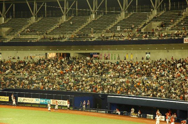 新潟の人達の応援は本当に熱いです。この日もBCリーグでは異例の5000人強を集めました。