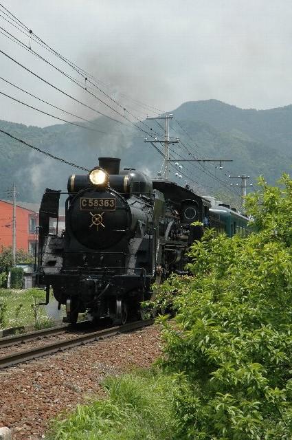 C58が現役で動いているのはここだけとか。運転日については、秩父鉄道のサイトを参照してください。