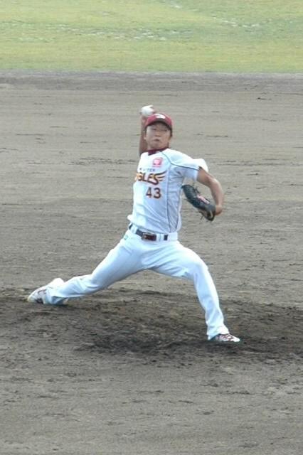 2007年の高校生ドラフト1位、札幌南高校出身とあって日公ファンからも声援が飛んでいました。