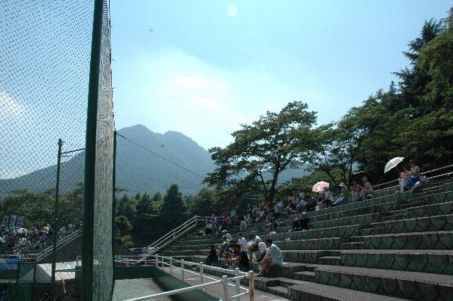 足を少し延ばせば、伊香保温泉を越えて、榛名山に榛名湖、榛名神社といった観光スポットが点在しています。