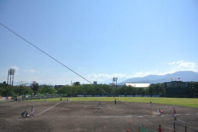 グランセローズ戦であれば内野席に固執したでしょうが、新潟vs福井戦であれば迷うことなく外野席へGo!