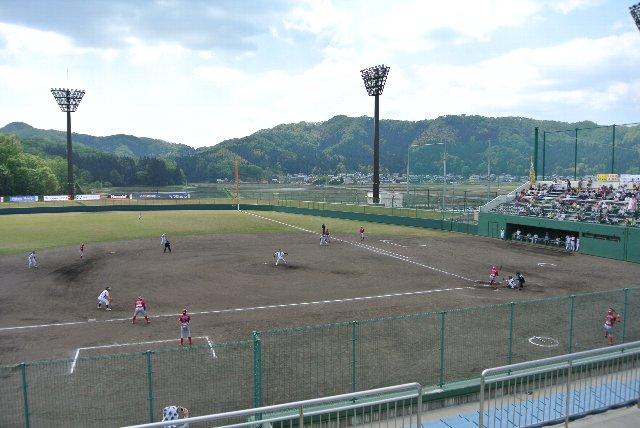 BCリーグで使用するには丁度良い大きさの球場。