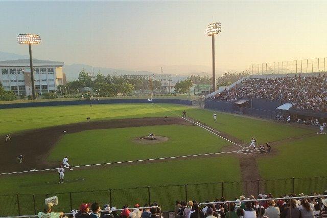 この球場で公式戦が隔年開催しかされないのは、非常にもったいない。