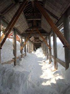 この風景を見ると、先月はどれだけの雪が降ったんだ...と思います。