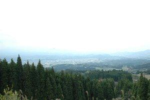 「日本三大車窓」に挙げられる肥薩線 大畑−矢岳間の車窓。天気がもう少し良ければねぇ...。