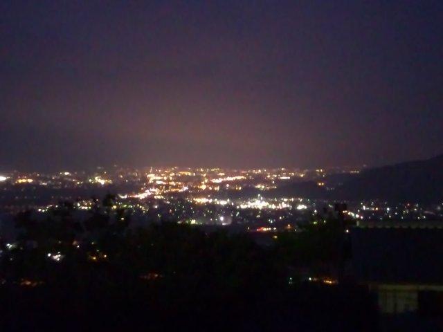 試合終了後、北陸道+上信越道+長野道を飛ばして帰路に就く。長野市に入る頃から日が暮れて、姨捨から夜景を楽しむことができた。