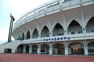 ナイター終了後に東富山駅まで徒歩で移動するのは少々怖かったぞ。