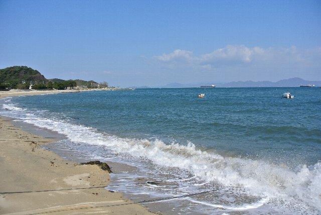 もう少し早くから晴れてれば、海沿いを走る機会も多かったろうに...。