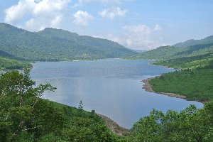 あれだけ草津温泉に通っていて、野反湖を訪ねるのは初めてだったりする(汗)。