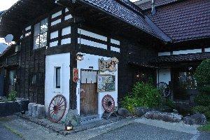 ただ、このお店には秋の新米の季節に来るに限る。できれば温泉と八海山をセットで(笑)。