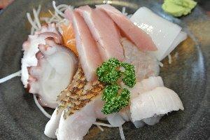 うちが注文した煮魚定食もんまかったです。