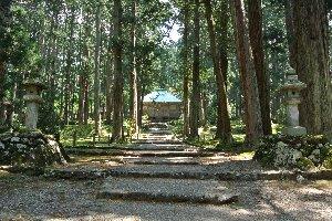 消失前は日本最大級の本堂を構えていたとか。