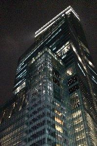 早くも東京にハルカスを越す高層ビルが建つとか、卑劣な東西対決はまだまだ続く。