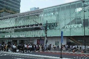 京王高速バス利用という意味では、西口BTの方が使い勝手が良かった。