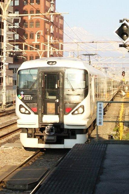 始発のかいじchanは竜王駅始発。