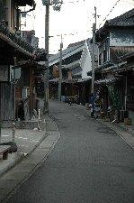 湯浅を訪ねて以来、和歌山に行くたびに角長の醤油を入手しています。