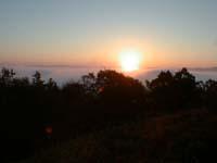 霧海からの御来光