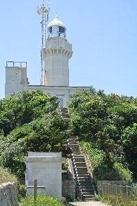 灯台駐車場から1.8km、頑張って歩きましょう!