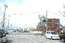 実際に大間行きのフェリーが出る港は、函館駅の北側に位置する。