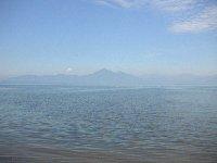 猪苗代湖南岸の湖水浴場は無料、磐越線沿いにある北岸の湖水浴場は有料です。