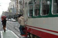 市電が走る街は好きですが、道路事情が悪くなるのは玉にキズ