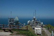 防衛庁施設が邪魔ですが、北海道が何とか見れます。