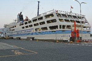 北海道へ渡る際に何度も利用している新潟港ですが、佐渡汽船を利用するのは初だな。
