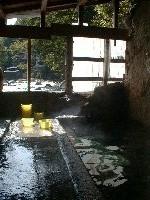 川の音を聞きながらの入浴は最高!