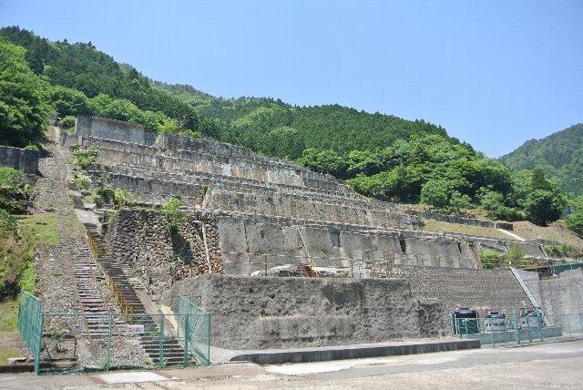 何の予備知識もなく神子畑選鉱場に辿り着いた私。ただ走るだけと思っていた国道に、こんなに萌える場所があるとは...。だから国道潰しは止められない。