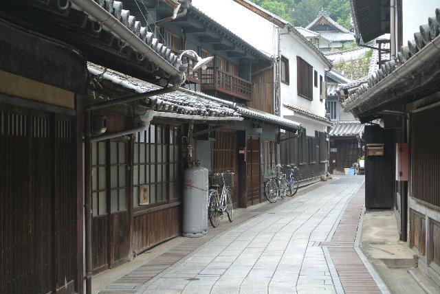 竹原も西条(東広島)と並ぶ酒造りが盛んな町