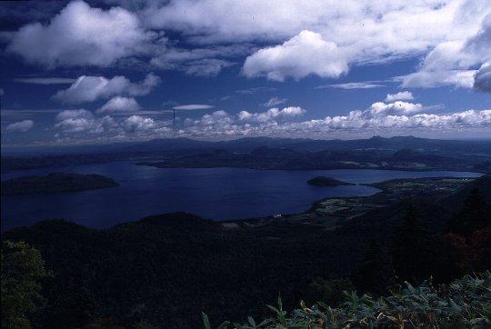 屈斜路湖の展望所の中では津別峠が最も美しいと語る旅人は多い。
