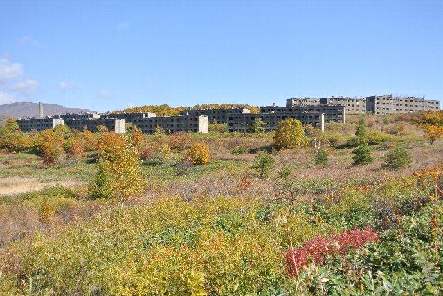 紅葉のピークに、廃墟と紅葉の写真を撮影しに再訪したいものだ。