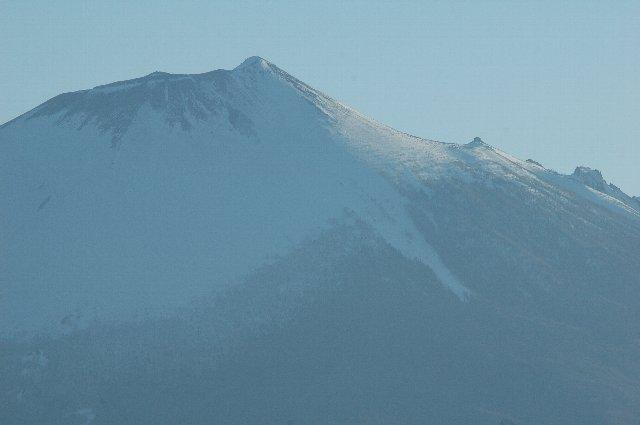 こちらも八幡平市側から見た画像です。